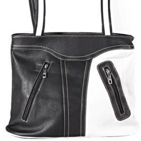 Černobílá kabelka Francis
