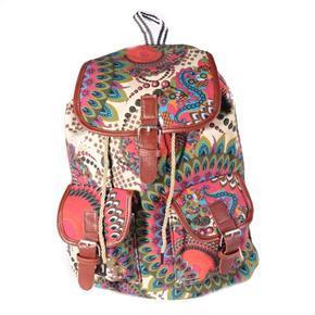 Vzorovaný dámský batoh Kamil krémový