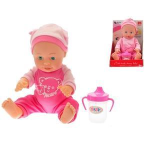 Malá panenka Layka v oblečku