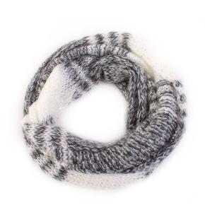 Pletený šátek Peter s flitry bílý E4