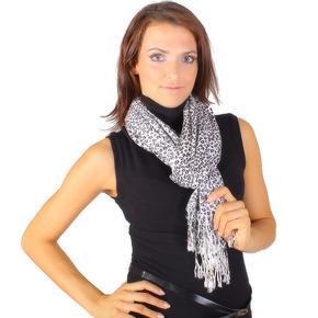 Bílý šátek Rachel se zvířecím vzorem D3