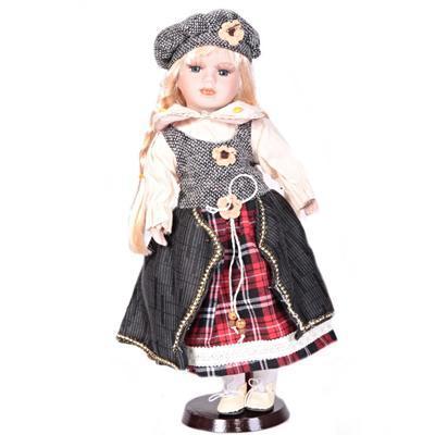 DOLL porcelánová panenka Haidy 40 cm