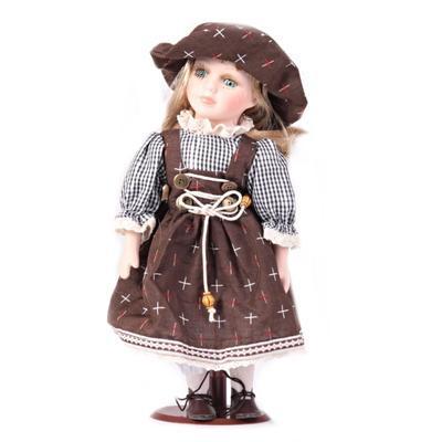 DOLLS porcelánová panenka Madelaine 30 cm